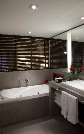 InterContinental Sao Paulo: Suite Bathroom