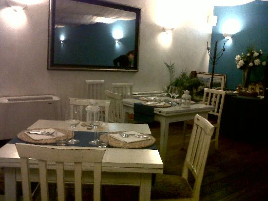 Maruzzella - tradizione culinaria campana: una sala del Maruzzella