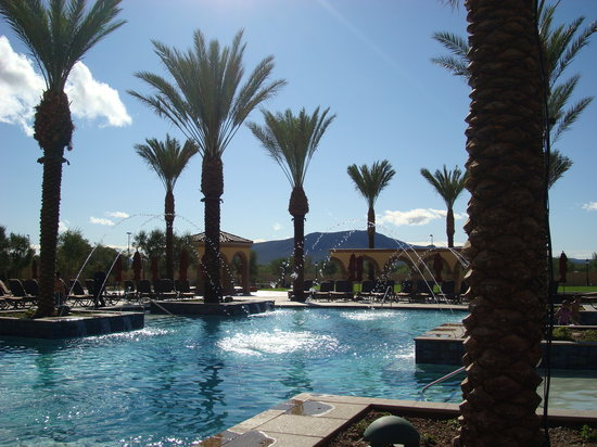 Casino Del Sol: pool