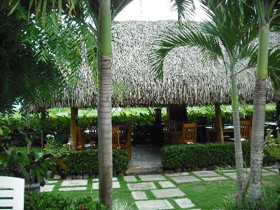 Hotel Punta Chame Villas: ristorante nel giardino