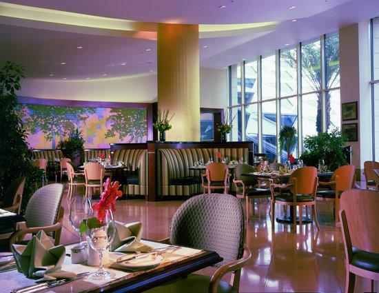 Al Faisaliah Hotel : La Brasserie Restaurant