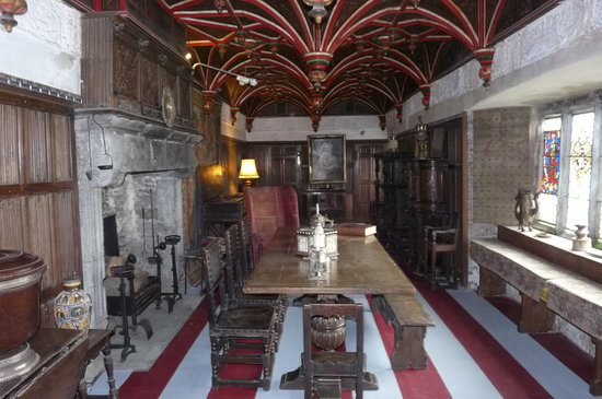Bunratty, İrlanda: one of the hidden rooms