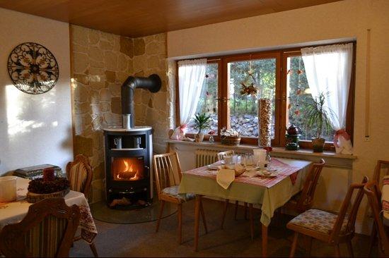 Pension Haus Sonneck: breakfast room