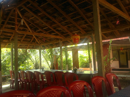 Guhagar, India: Cafeteria