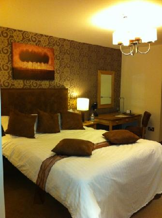 The Boundary Hotel: double room