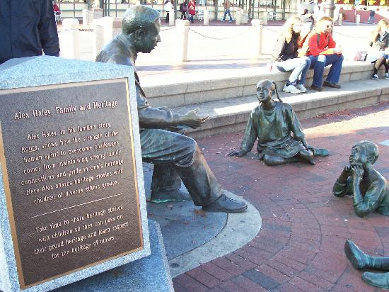 The Kunta Kinte - Alex Haley Memorial: The Story Teller