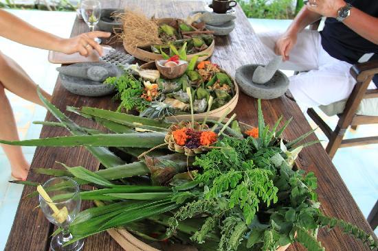 Cantika Spa: Echantillon des plantes & épices utilisées