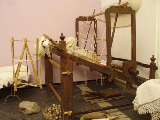 Museo del Costume: Antico telaio