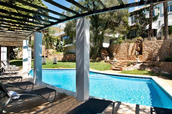 كاسا فيلا جست أوس: Garden and Pool