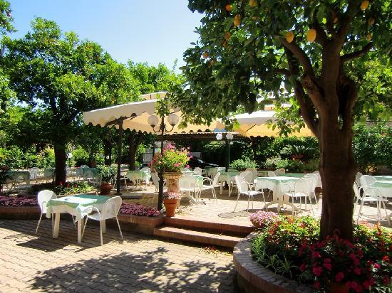 Hotel Girasole