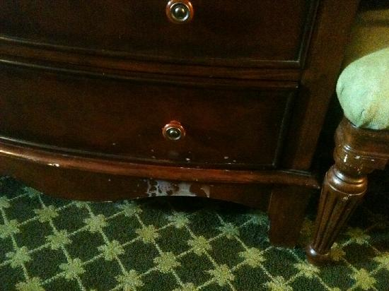 El Cortez Hotel & Casino: Mystery goo on the furniture