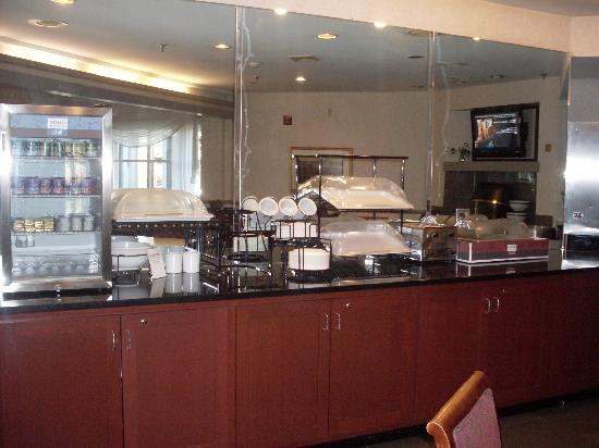 Comfort Inn Concord: Breakfast Area
