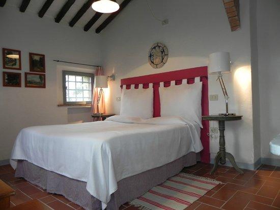 Castello di Grotti - Residenza d'epoca: Camera matrimoniale