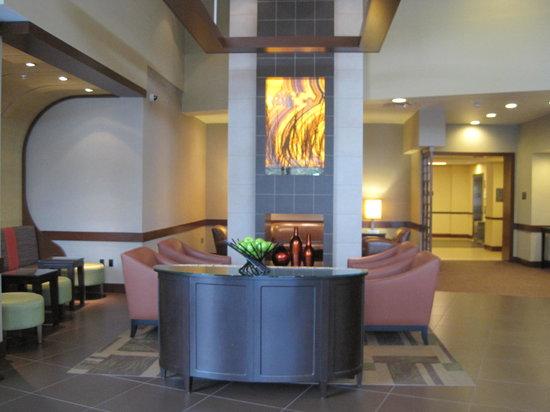 Hyatt Place Portland Airport / Cascade Station : Lobby