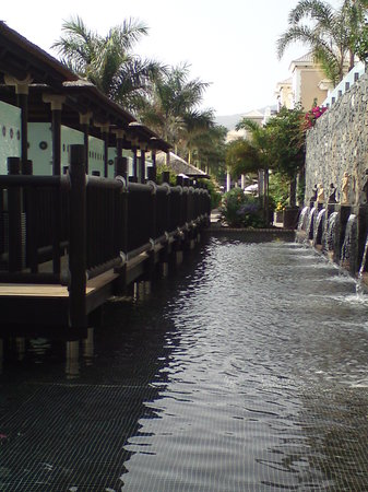 Gran Melia Palacio de Isora Resort & Spa: outdoor spa area