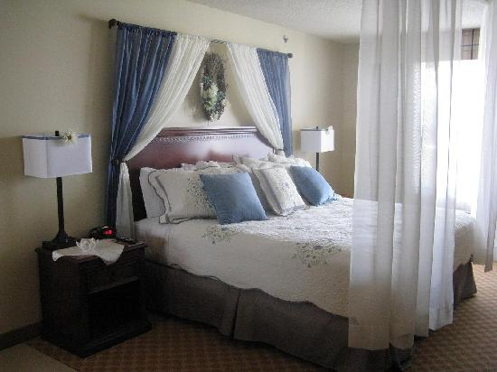 Country Inn & Suites By Carlson, Marinette: Bridal Suite