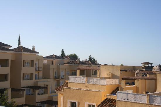 Colina Del Paraiso: roof of townhouse