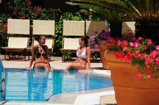 Vascellero Club Resort: piscina