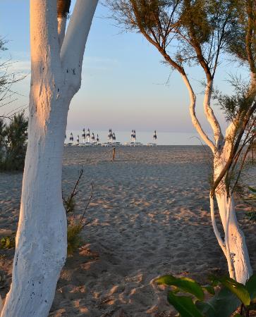 Vascellero Club Resort: spiaggia al tramonto