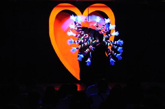 Vascellero Club Resort: spettacolo in teatro