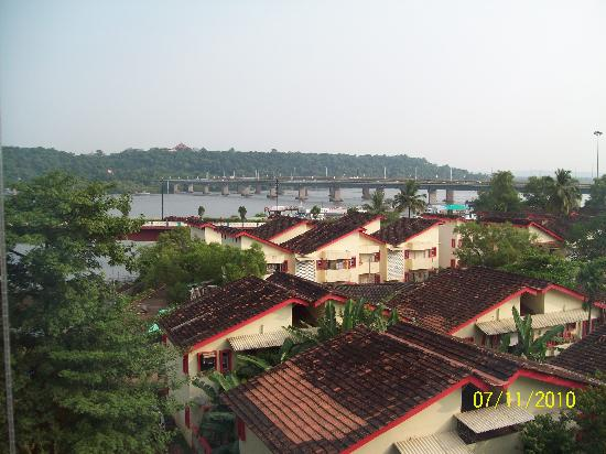 Hotel Park Prime : View of river Mandovi from our room