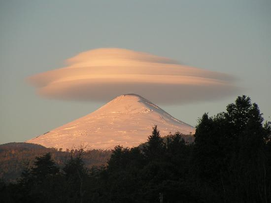 Coñaripe, Chile: entorno-volcan villarrica