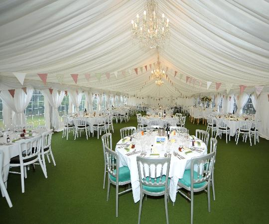 Orles Barn Hotel: The Marquee