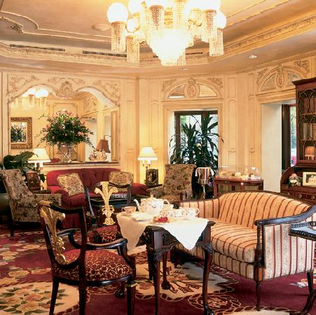 Prince of Wales: Drawing Room