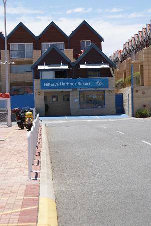 Hillarys Harbour Resort Apartments: Hillary's Harbour - entrance