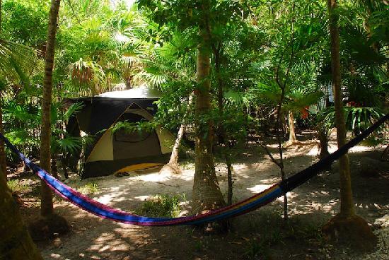 Cenote Encantado: CAMPING VILLAGE