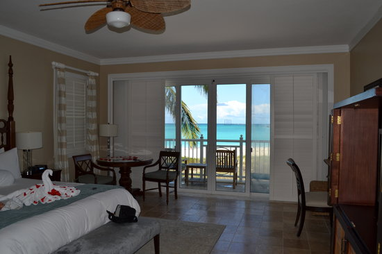 Sandals Emerald Bay Golf, Tennis and Spa Resort: Our Emerald Bay suite #9421.