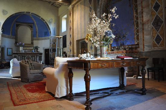 Borgo di Carpiano: Atmosfera d'altri tempi...