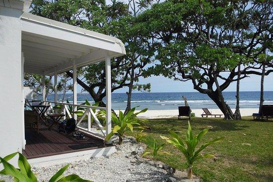 Tamanu on the Beach: Frangapani suite