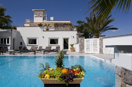 Grifo Hotel Charme & SPA : PISCINA