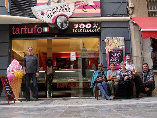 Tartufo La Gelateria: Gli svizzeri golosi