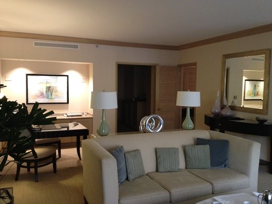The Canyon Suites at The Phoenician: living room and desk