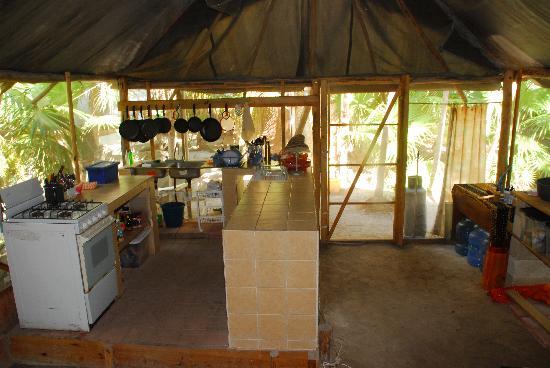 Cenote Encantado : COMMUNITY KITCHEN