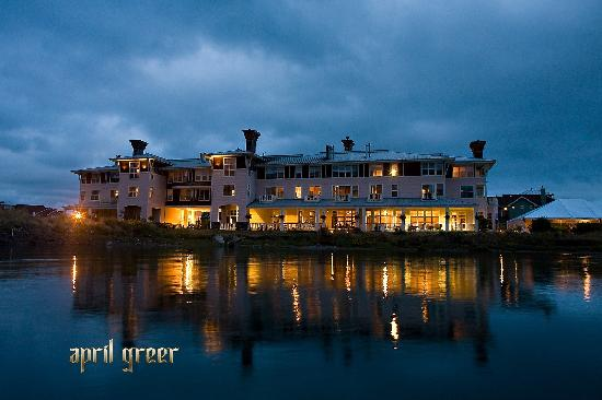 The Resort at Port Ludlow: Evening on Ludlow Bay