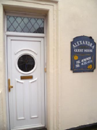 The King's Guest House: getlstd_property_photo