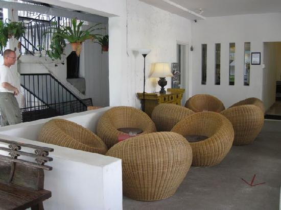 OYO 161 Paradize Hotel: sitting area near office