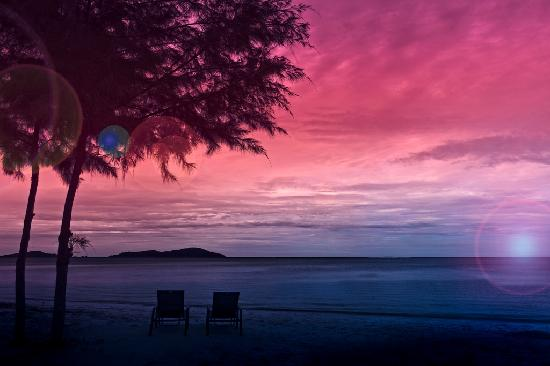 Century Langkasuka Resort: Andaman Sunset View