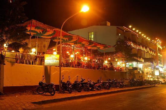 Apana Hotel: HOTEL APANA DIU