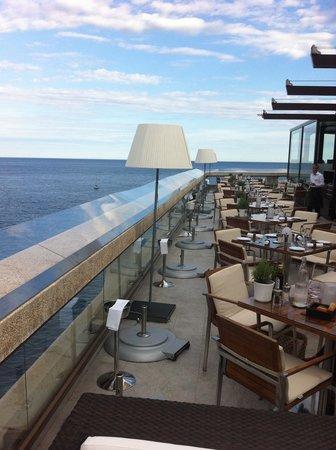 l'Horizon Deck: restaurant & view
