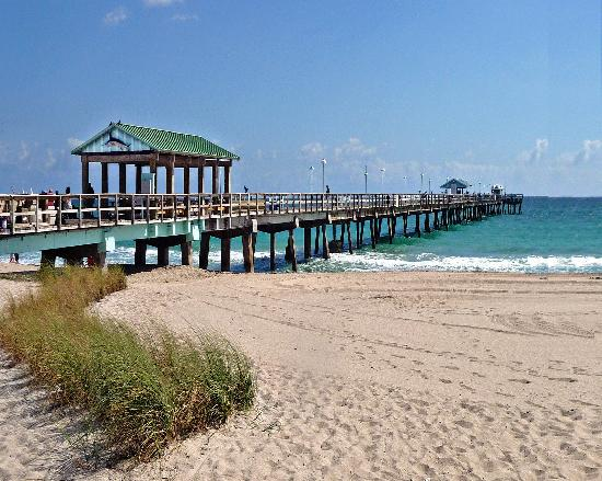 Beachside Village Resort: The Pier