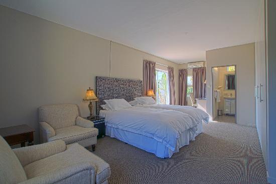 Berghof Guest House: Garden Suite Rooms