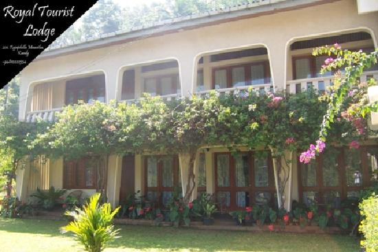 Front View of Royal Tourist Lodge