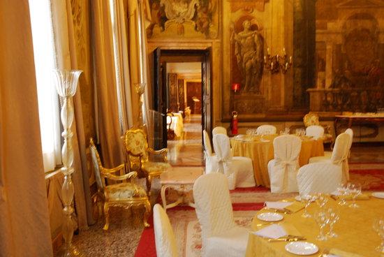 Ca'Sagredo Hotel: Breakfast room
