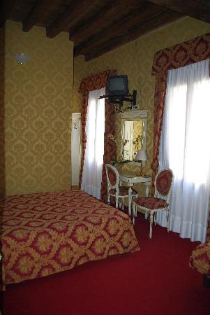Casa Arte: room
