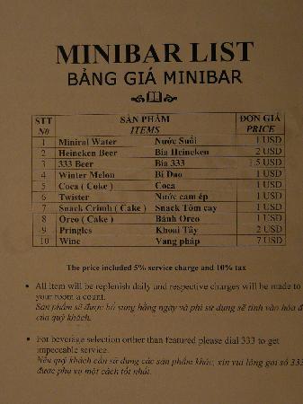 Golden Rose Hotel: 飲み物の料金表.$表示