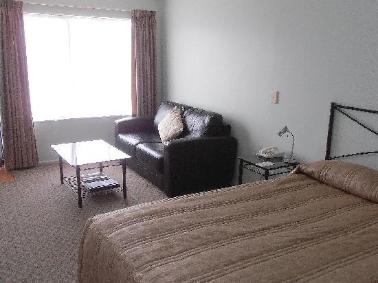 Tudor Lodge Motel : Unit 8